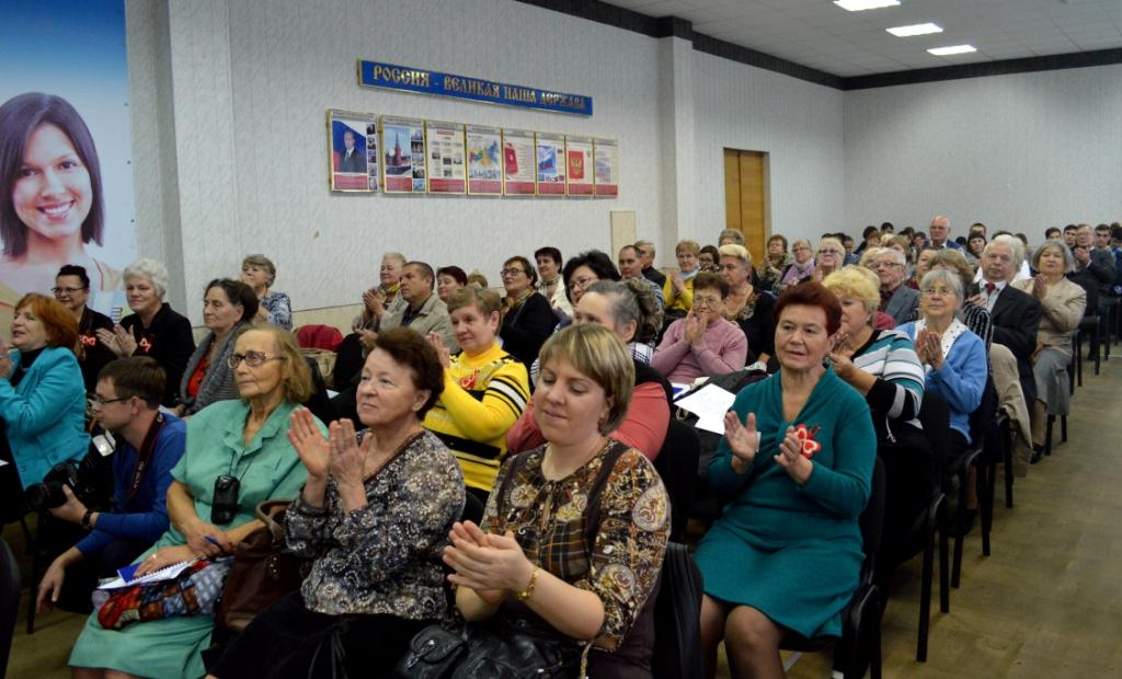 День IT знаний прошел для нижегородских пенсионеров и инвалидов